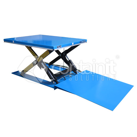 2000kg low profile electric lift table lifted with ramp