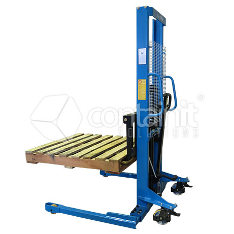 Manual Straddle Stacker with pallet